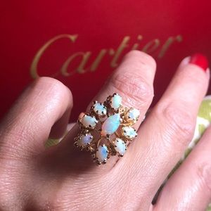 Jewelry - Vintage 14K Yellow Gold Opals Ring